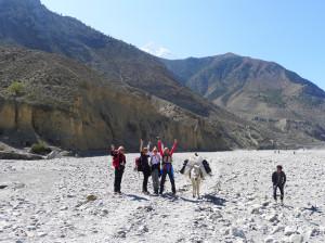 21 Wandern im Kali Gandaki Flussbett